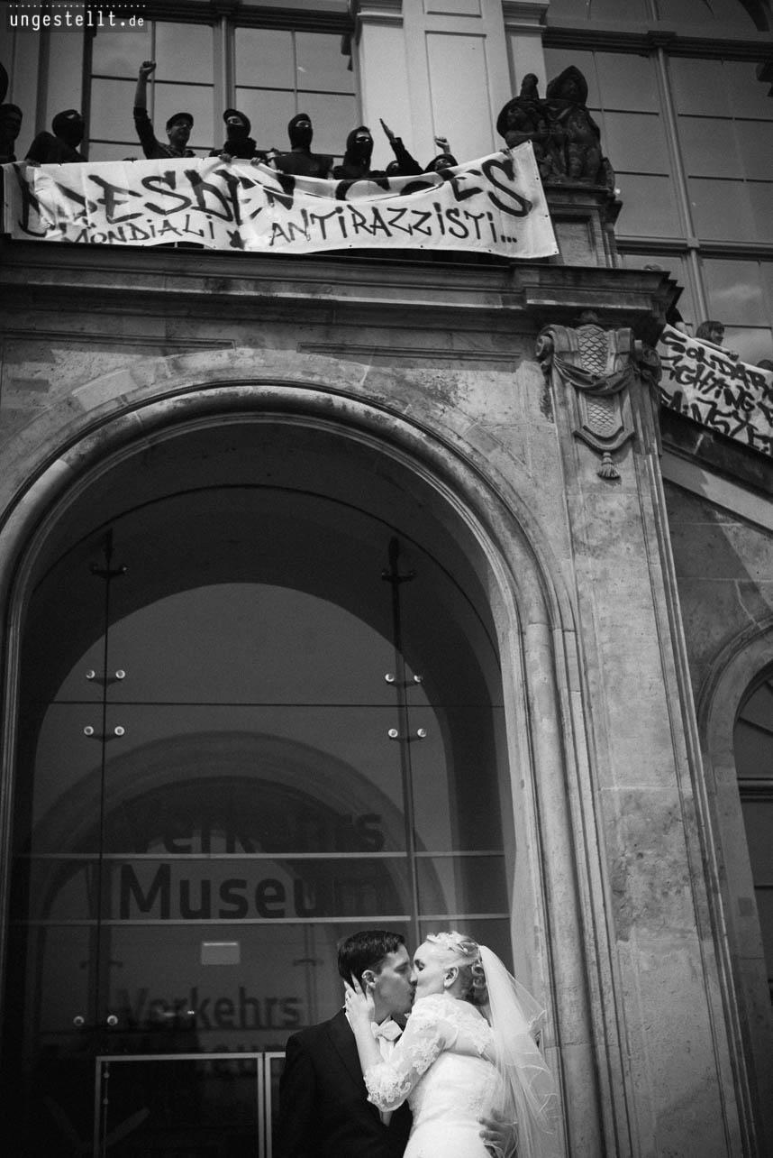 Hochzeitsfotograf_Dresden-1: Hochzeitsfotograf auf einer Demo